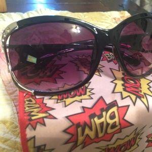 Black & Silver sunglasses